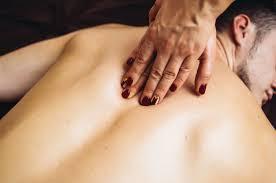 Como dar uma massagem tântrica: um Guia para homens e mulheres